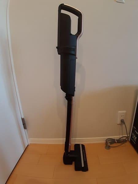 アイリスオーヤマコードレス掃除機は自立する